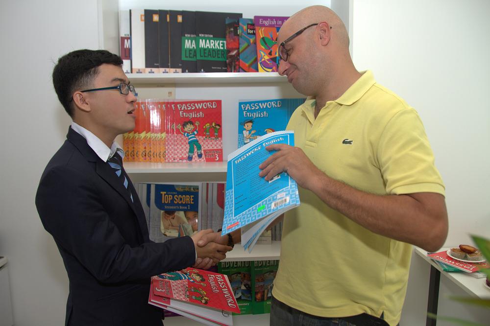 Gia sư học sinh trường quốc tế - Gia sư dạy Lý bằng tiếng Anh